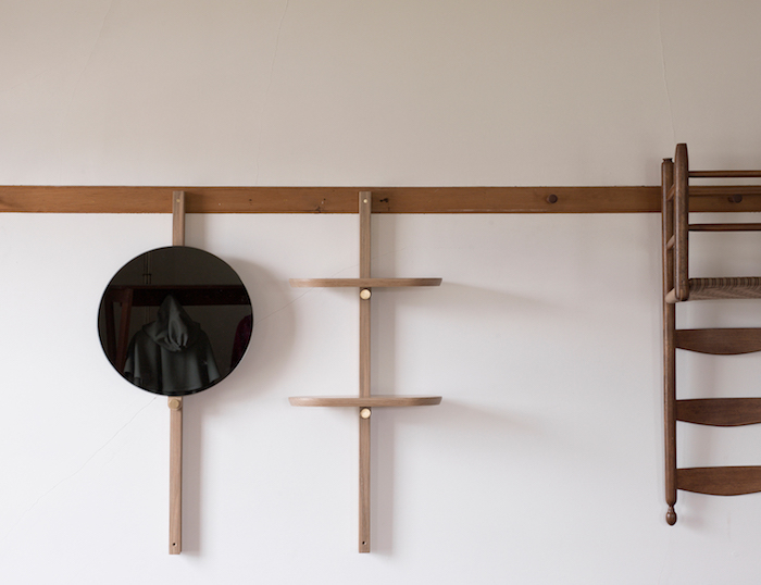 Hallgeir-Homstvedt_doverail-mirror-and-shelf_editorial-1